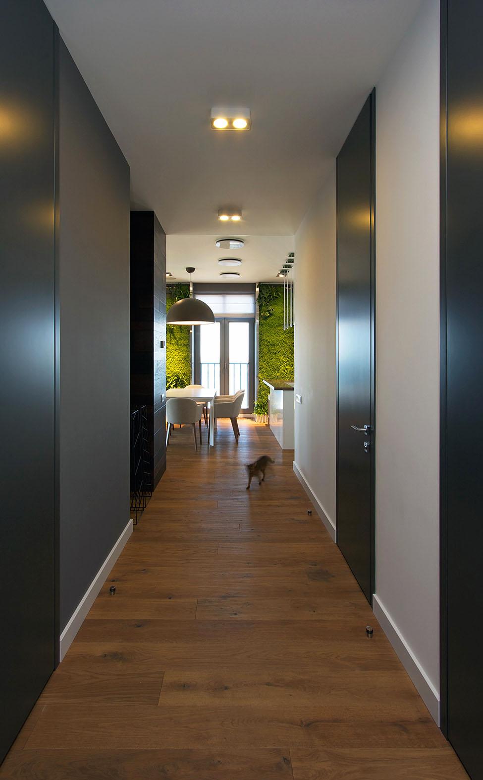 Apartament in Dnepr cu gradini verticale